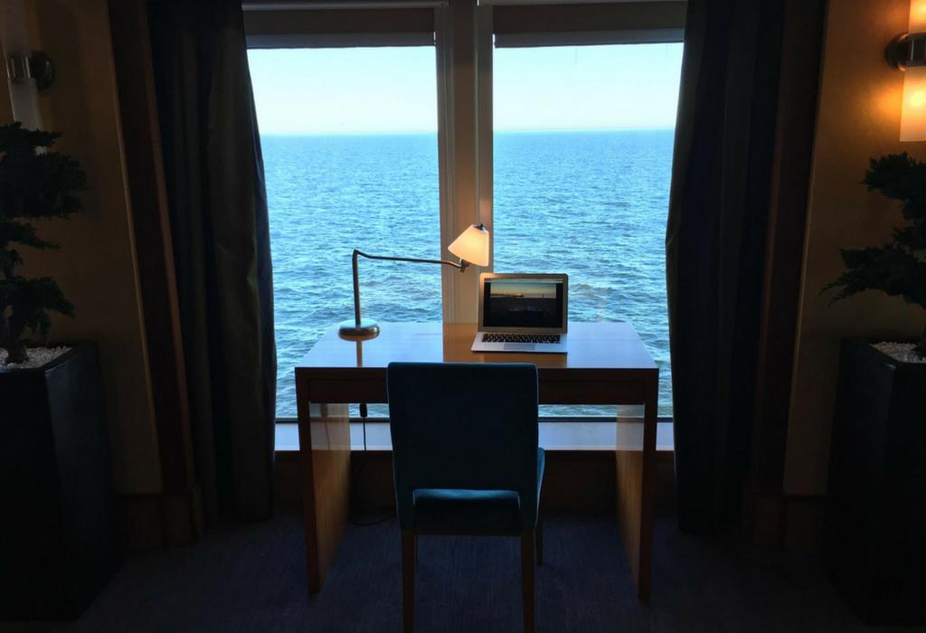norwegian-jade-bibliothek