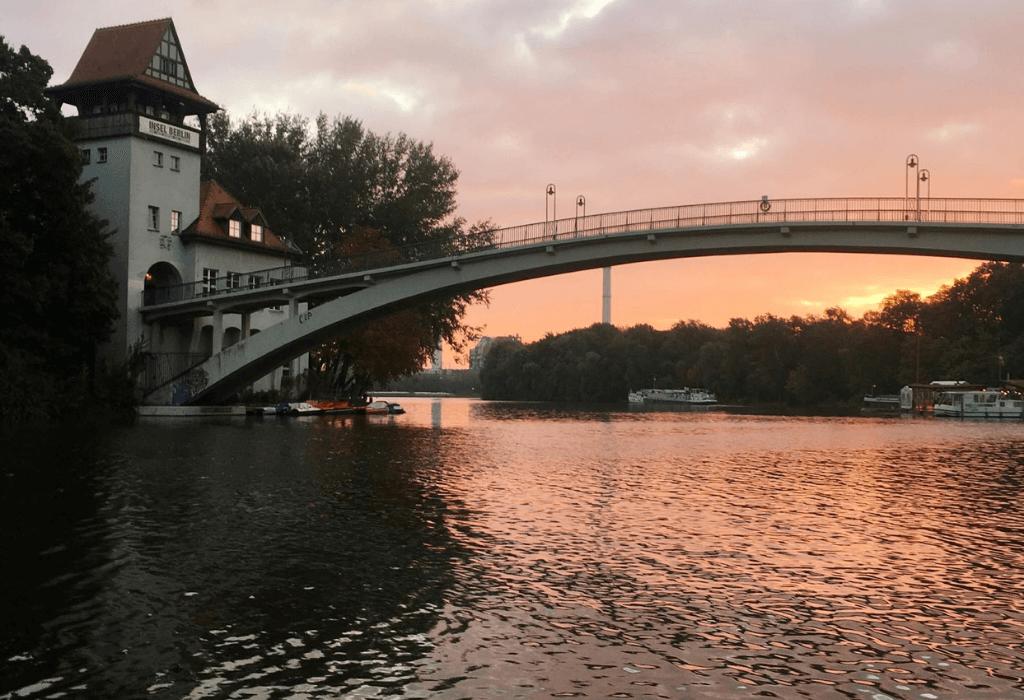 Insel der Jugend im Treptower Park