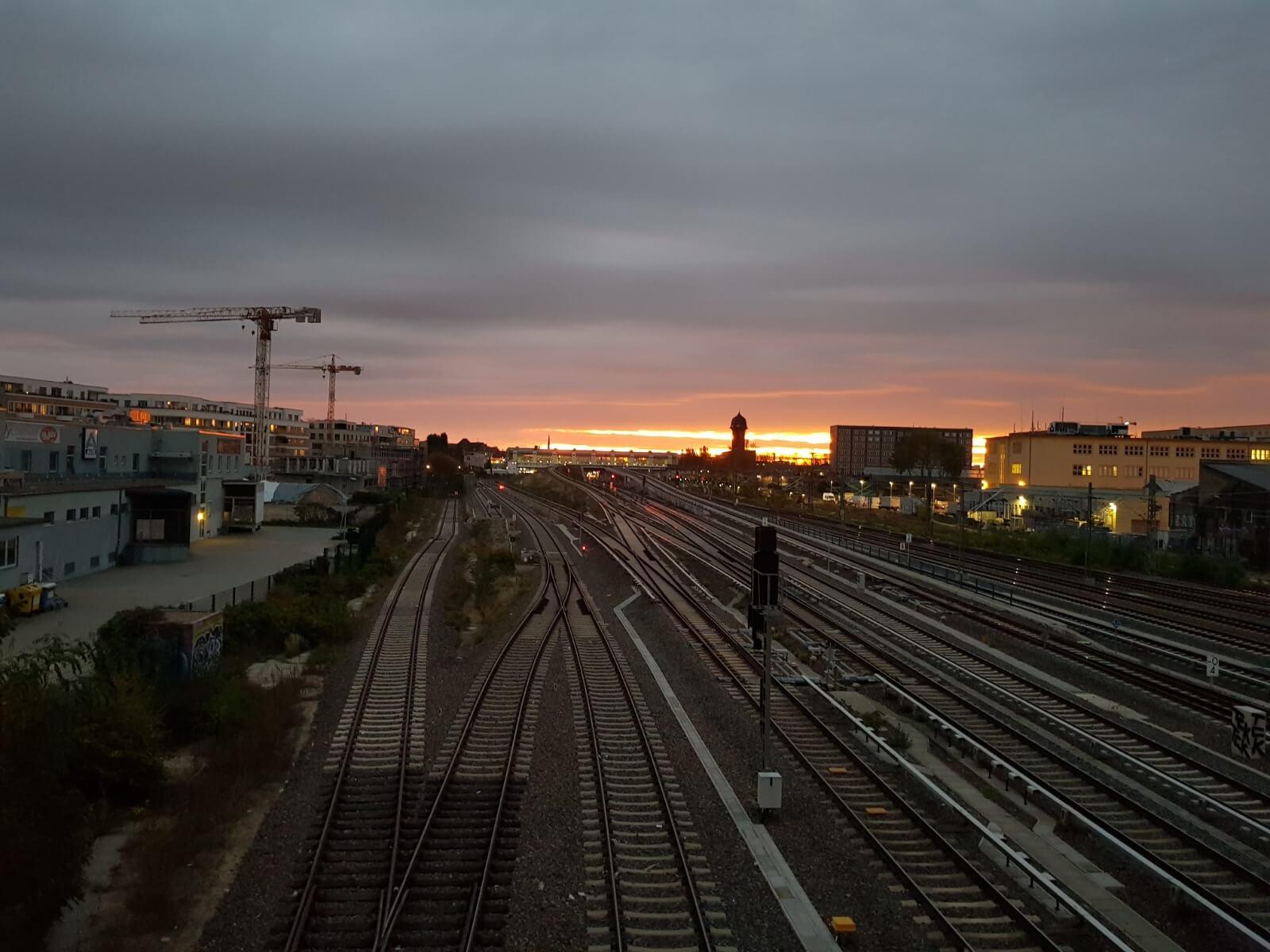 Sonnenaufgang Warschauer Brücke
