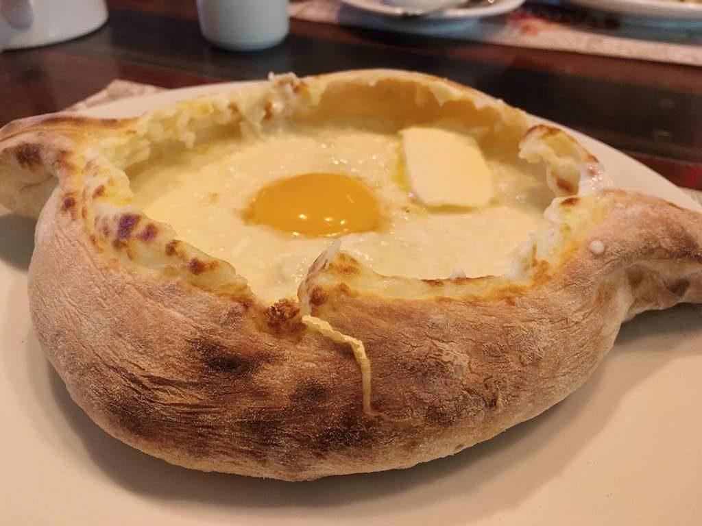 georgisches-käseboot