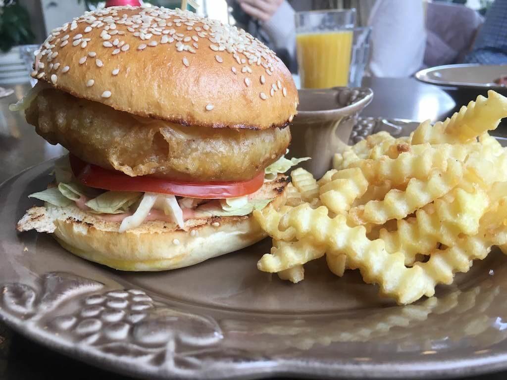 vegetarisch-burger-tiflis