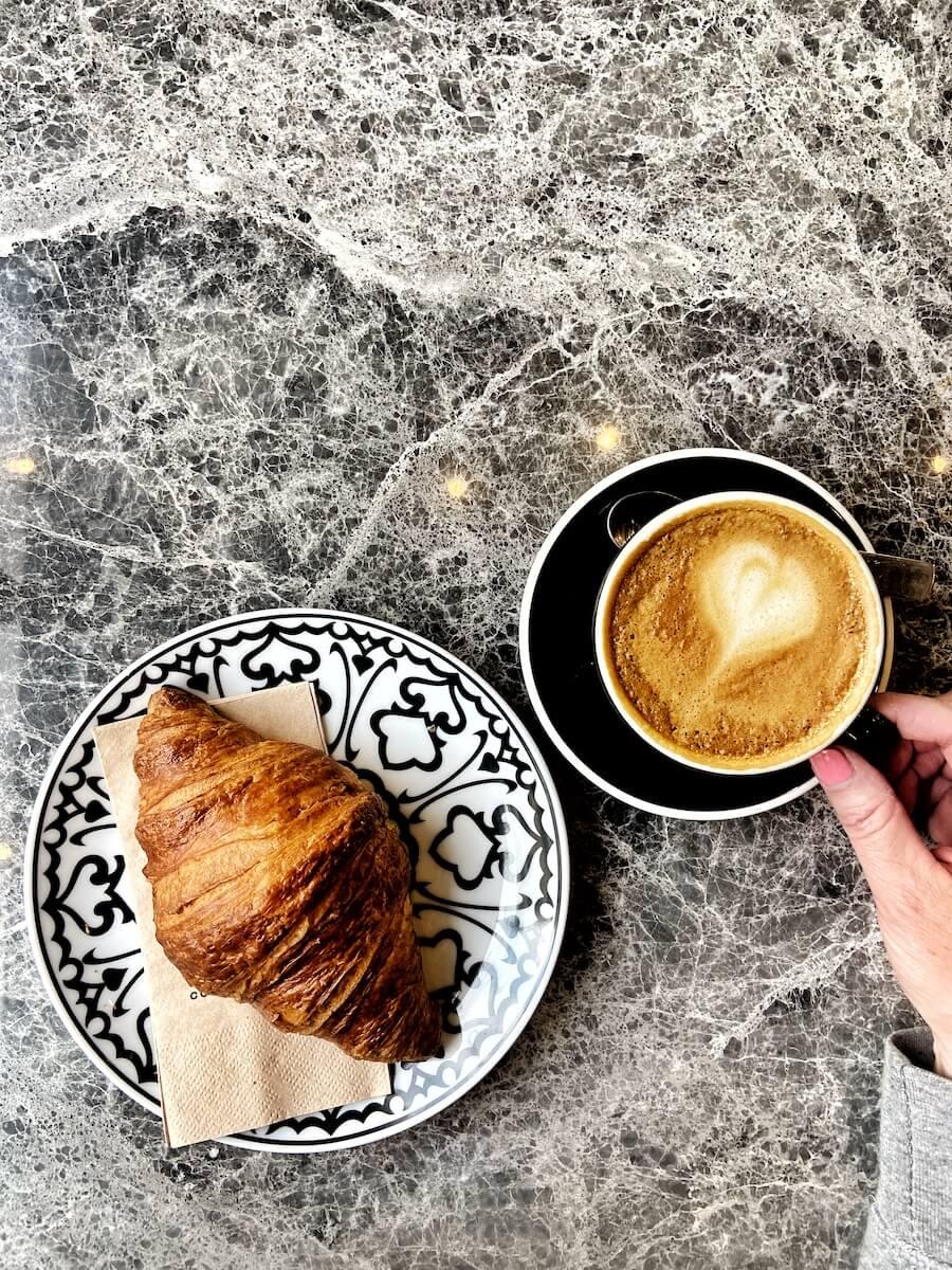 cafe friedrichshain cebe coffee roasters