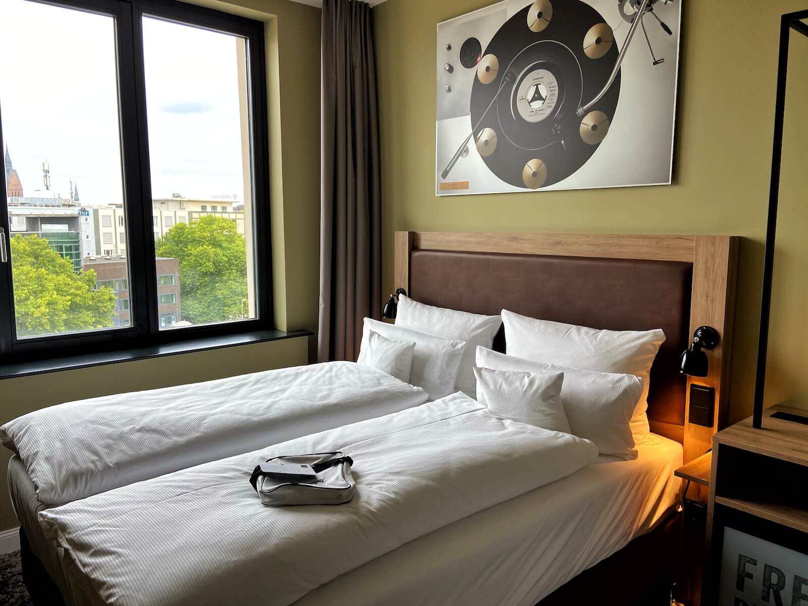 zimmer me and all hotel hannover