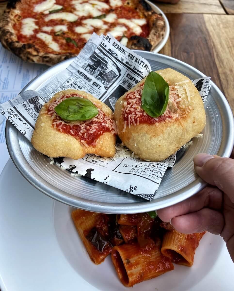 napolitanische pizza friedrichshain partenope