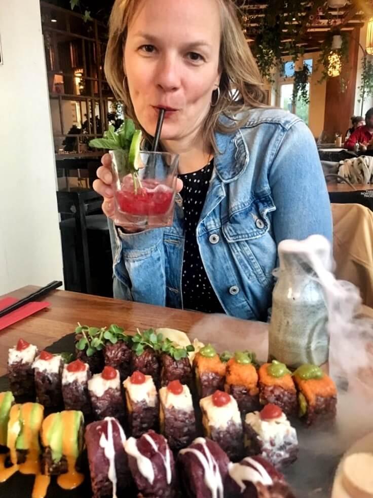 essen friedrichshain sushi vegan secret garden